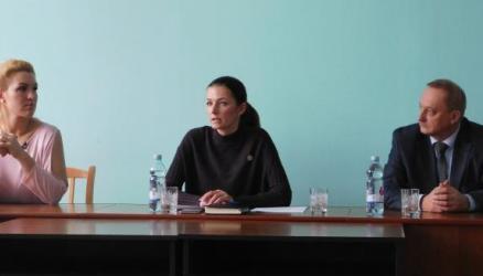Министр здравоохранения области Антонина САВОЛЮК встретилась с жителями района