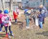 К генеральной уборке города уже активно подключились учащиеся школ и воспитанники детских садов